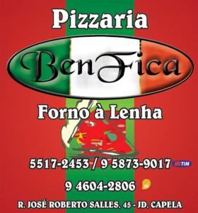 rótulo de pizzaria forno a lenha Vinho Morais